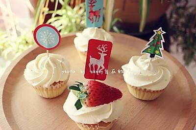 海绵纸杯蛋糕~圣诞节可爱小点心#九阳烘焙剧场#