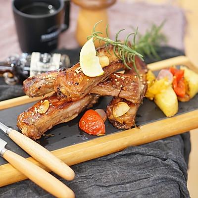 烤箱菜 法式迷迭香烤排骨配杂蔬