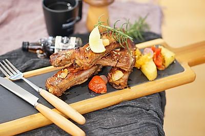 烤箱菜|法式迷迭香烤排骨配杂蔬