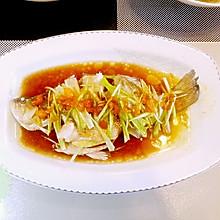 清蒸鲈鱼:15分钟搞定美味蒸鱼图解