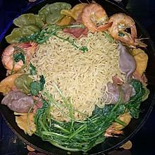 咖喱水饺鲜虾培根面