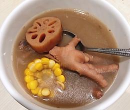蓮藕扁豆赤小豆豬骨湯的做法