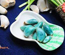 腊八蒜---节日餐桌之解腻开胃小菜的做法