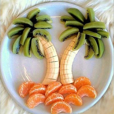 椰树水果拼盘