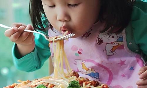 宝宝食谱之肉酱意面详细做法的做法