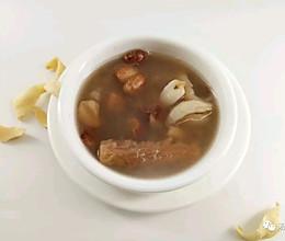 百合沙参汤,眼睛变得水灵灵的做法
