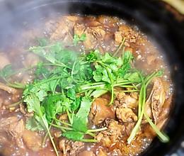 沙姜鸡煲的做法