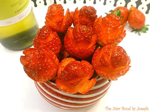 草莓玫瑰的做法