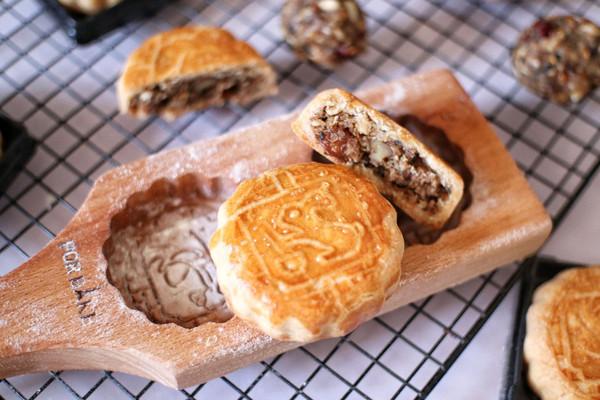自制低糖五仁月饼(包含详细馅料)的做法