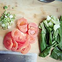 番茄青菜面的做法图解1