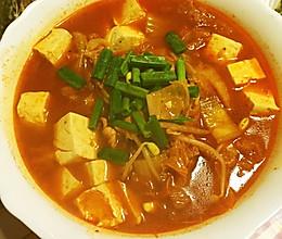 既是汤又是菜--泡菜豆腐汤的做法