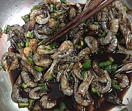 炝拌虾的做法