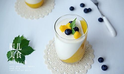 芒果双色慕斯杯#安佳烘焙学院#的做法