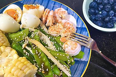 减脂餐虾仁鸡蛋水煮蔬菜沙拉(自制万能油醋汁)