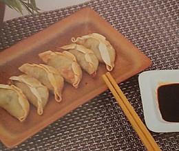简易的空气炸锅食品——香脆炸饺子的做法