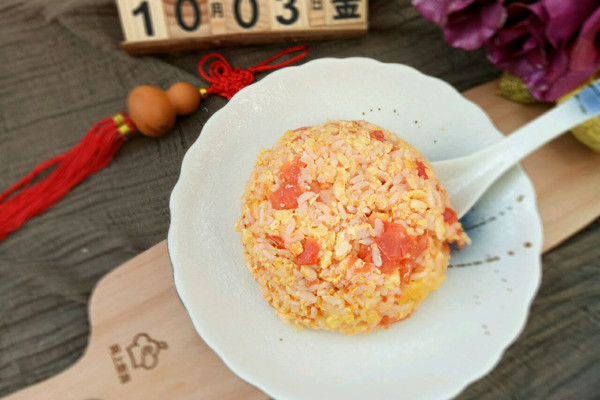 西红柿鸡蛋炒饭#厨此之外,锦享美味#的做法