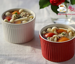 蘑菇番茄肉丸汤 的做法