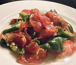 快手家常菜—美味青椒炒香肠的做法
