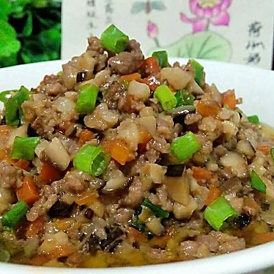 胡萝卜香菇肉酱