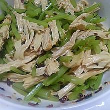 夏日小凉拌:芹菜腐竹