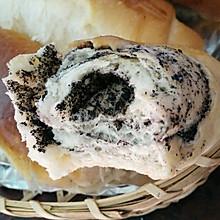芝麻炼乳小面包卷#东菱魔法云面包机#