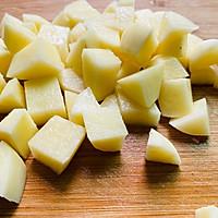 #憋在家里吃什么#香菇土豆腊肠焖饭的做法图解5