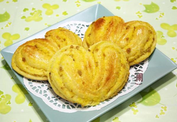 爱心椰蓉面包(附基础甜面包面团制作)的做法