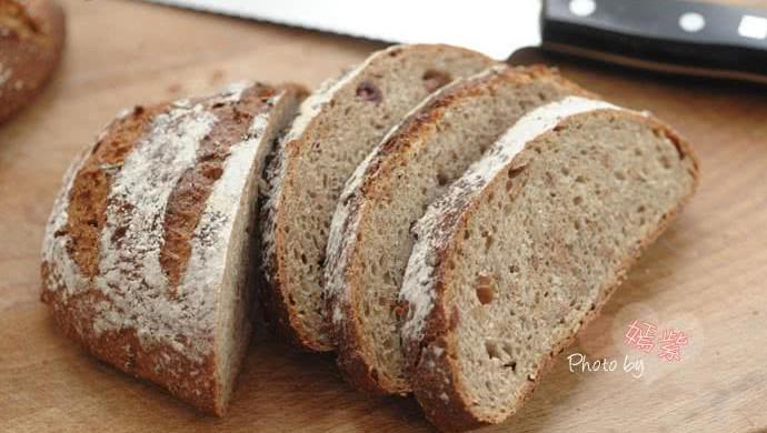 格兰诺拉麦片面包