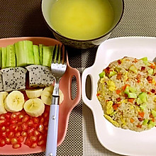虾仁火腿炒米饭