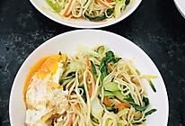 杂蔬炒面条的做法