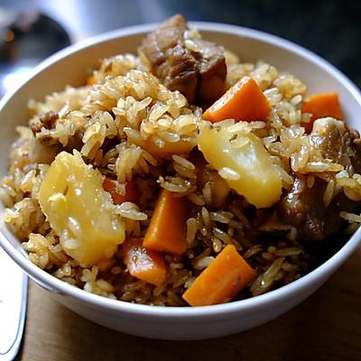 土豆排骨焖饭—周末一个人的快手午餐