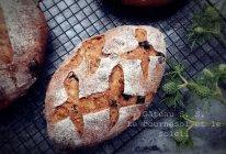 亚麻籽黑提硬欧面包#发现粗粮之美#的做法