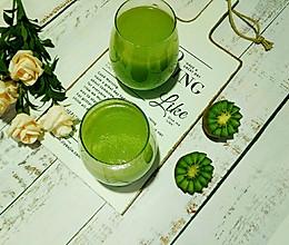 奇异果西芹黄瓜汁#精品菜谱挑战赛#的做法