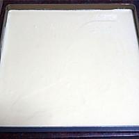 教你做不掉皮的蛋糕卷【改良小四卷】的做法图解7