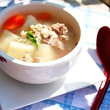 秋季多食白----薏仁山药排骨汤