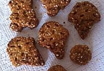 燕麦芝麻卡通饼干的做法