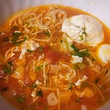 妈妈的味道:五分钟吃上的西红柿炝锅面