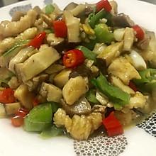 双椒香菇鸡丁
