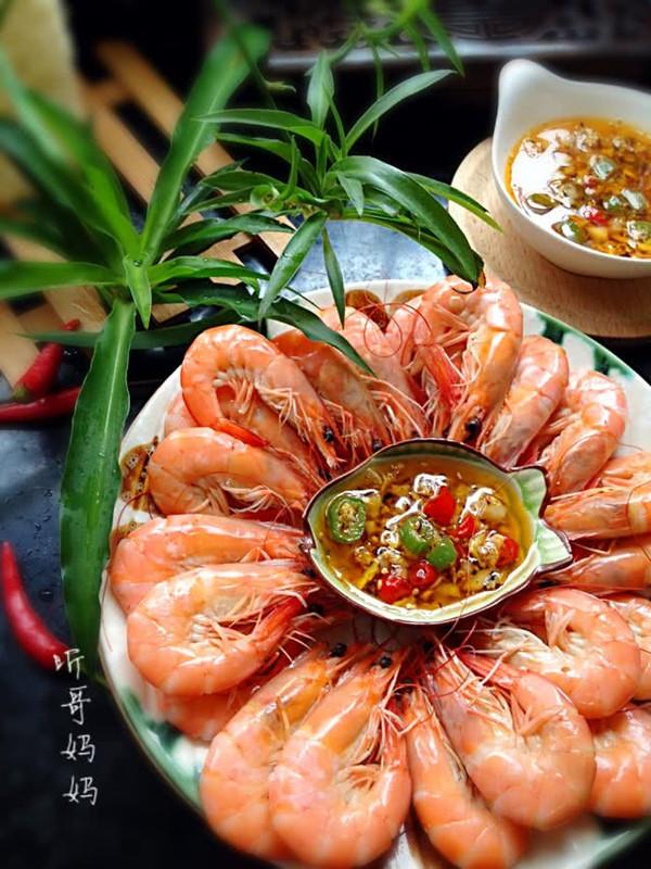 家常菜— —白灼海虾的做法