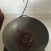 肉片炒鲜蘑的做法图解3