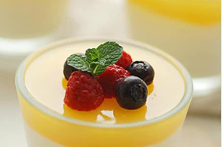 牛奶水果杯的做法