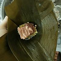 广式粽子的包法的做法图解8