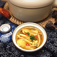 滋补菌菇汤