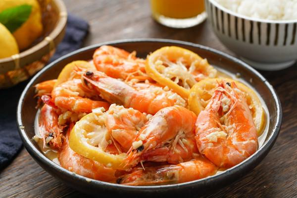 日食记 | 电饭煲黄油柠檬虾的做法