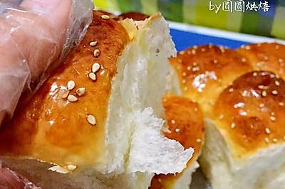 黄油芝麻小餐包