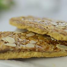 香脆可口——焦糖杏仁脆饼