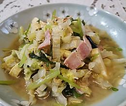 春日小清新【培根海米白菜炖豆腐】#餐桌上的春日限定#的做法