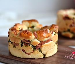 培根香葱面包圈#美的烤箱菜谱#的做法