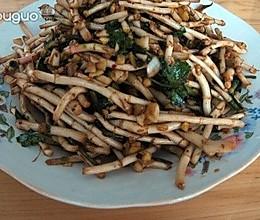 风味黔菜——凉拌折耳根的做法