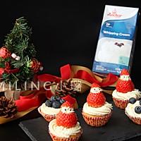 圣诞版海绵杯子蛋糕#安佳烘焙学院#